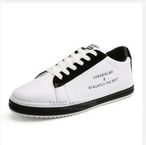 Trendy Men's Lace Up Sneaker | Shoes for sale in Ondo State, Akure