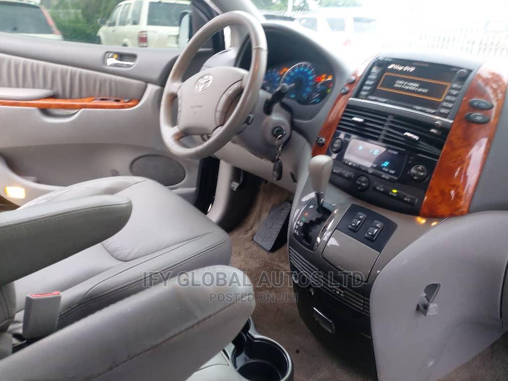Toyota Sienna 2009 XLE Limited AWD Black   Cars for sale in Amuwo-Odofin, Lagos State, Nigeria