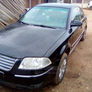 Volkswagen Passat 2005 2.0 Automatic Black | Cars for sale in Abuja (FCT) State, Dei-Dei