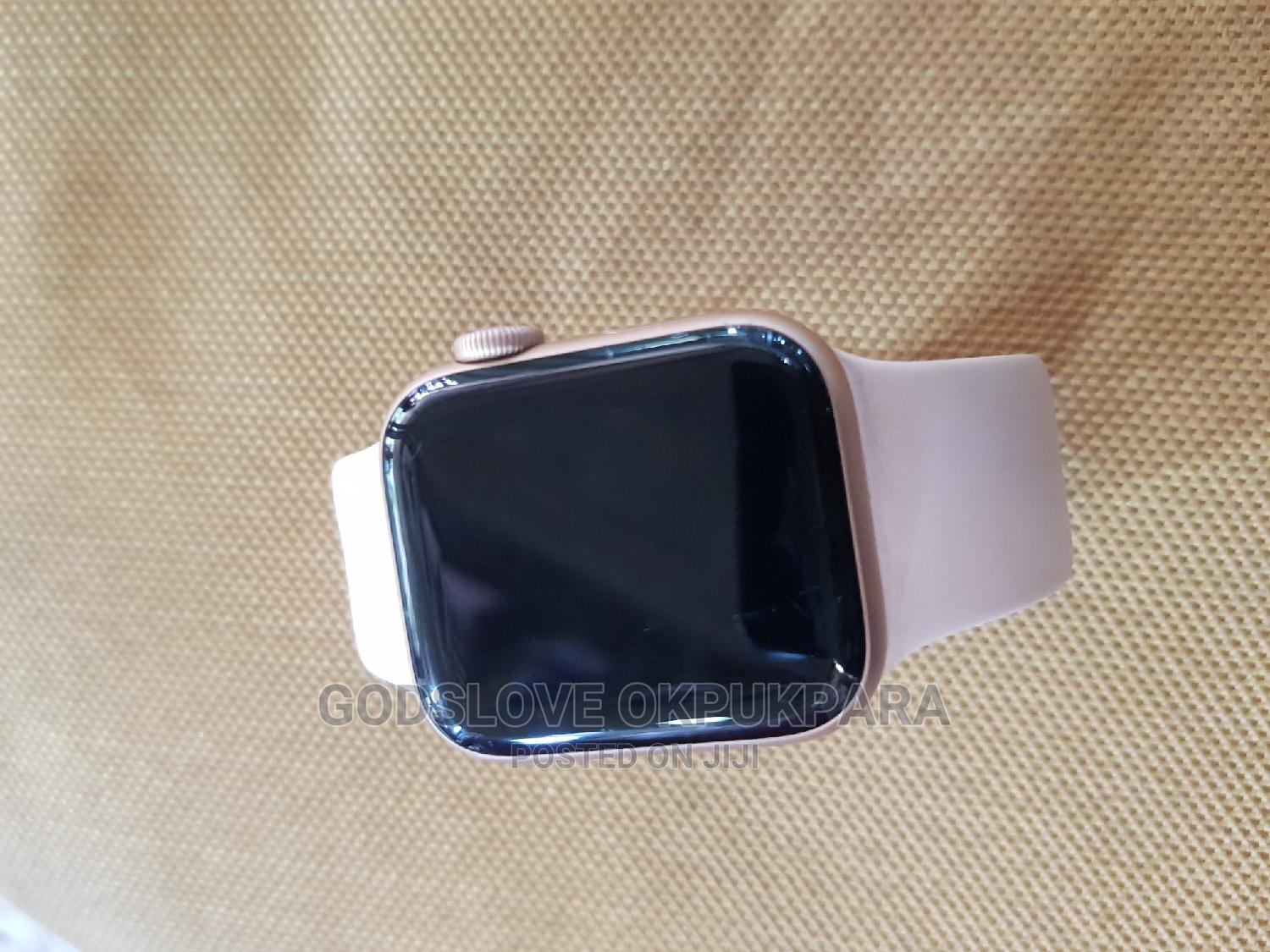 Apple Wrist Watch   Smart Watches & Trackers for sale in Wuse, Abuja (FCT) State, Nigeria