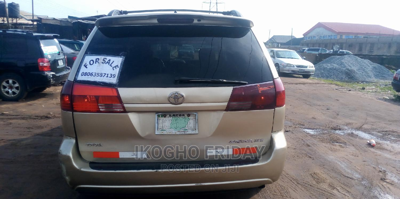 Toyota Sienna 2005 XLE Gold | Cars for sale in Benin City, Edo State, Nigeria