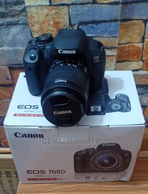Canon EOS 700D Camera. Lens 18 - 55mm   Photo & Video Cameras for sale in Lagos State, Ojo
