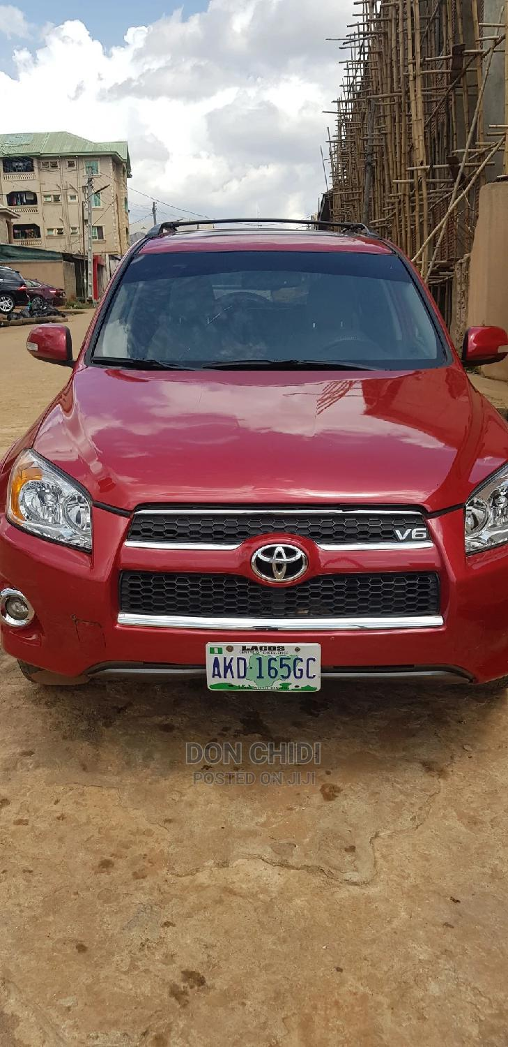 Archive: Toyota RAV4 2010 2.5 Limited Red