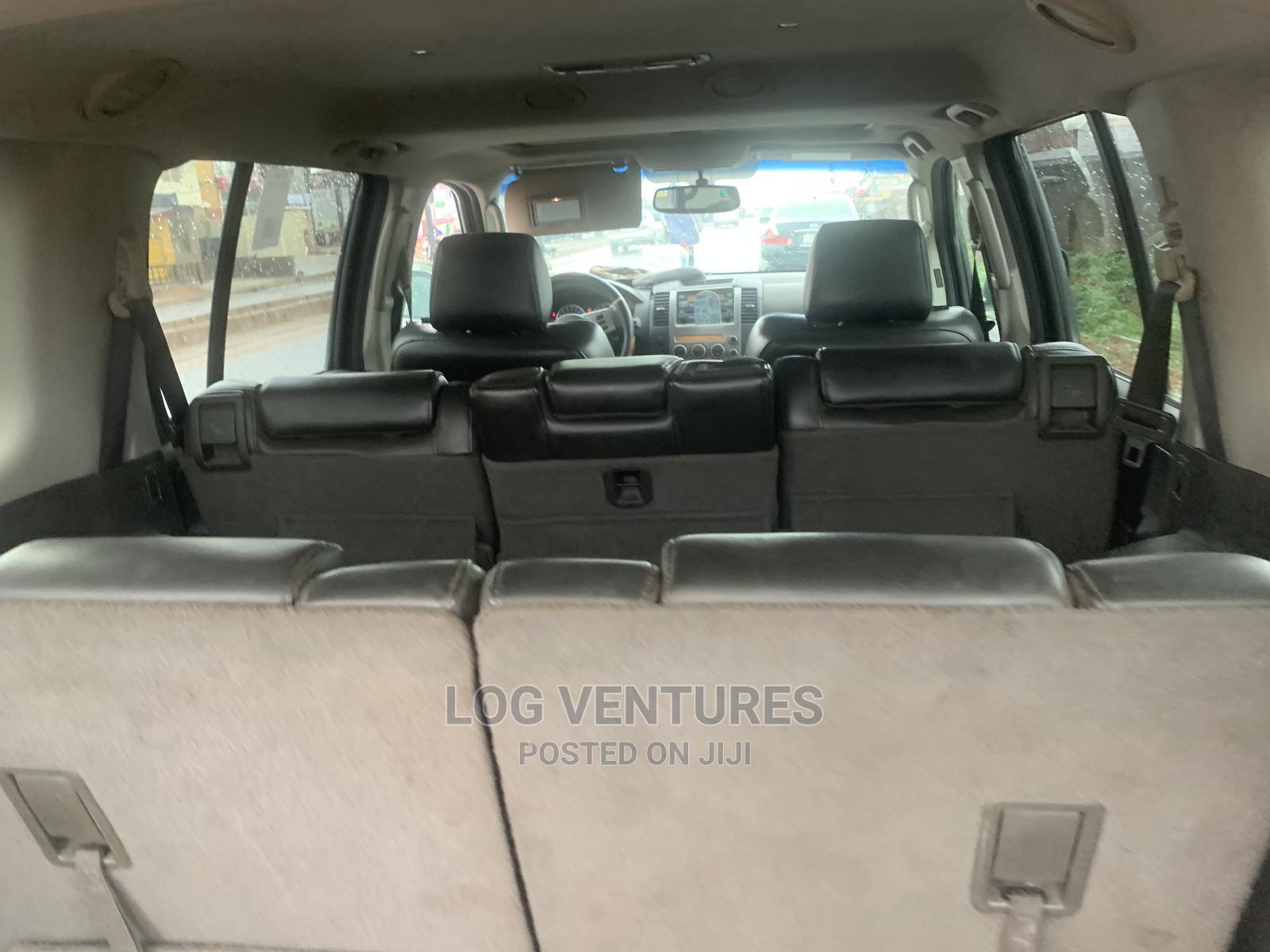 Archive: Nissan Pathfinder 2006 SE 4x4 Black
