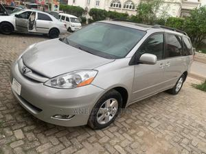 Toyota Sienna 2010 XLE 7 Passenger Silver   Cars for sale in Lagos State, Amuwo-Odofin