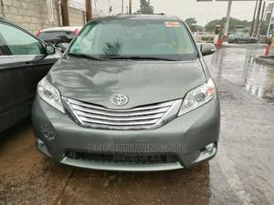 Toyota Sienna 2013 Limited AWD 7-Passenger Gray | Cars for sale in Lagos State, Ogba