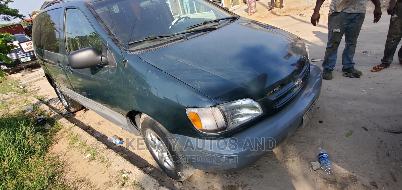 Toyota Sienna 1999 Green | Cars for sale in Amuwo-Odofin, Lagos State, Nigeria