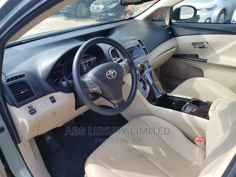 Archive: Toyota Venza 2011 V6 AWD Blue