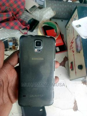 Samsung Galaxy S5 16 GB Black | Mobile Phones for sale in Abuja (FCT) State, Karu