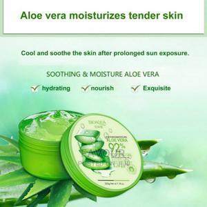 Aloe Vera Gel Sun Repair Whitening Cream for Acne Treatment | Skin Care for sale in Lagos State, Surulere