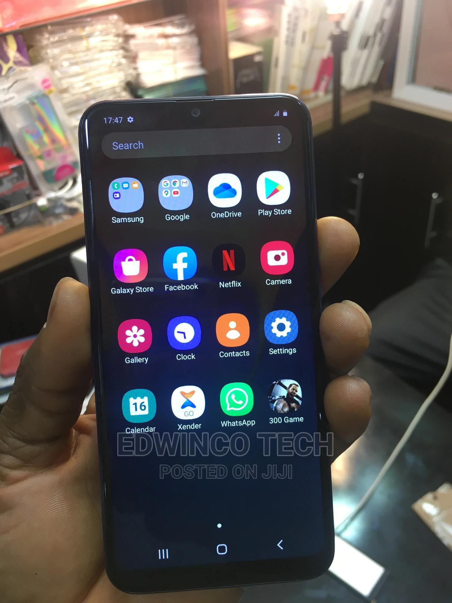 Archive: Samsung Galaxy A20e 32GB Blue