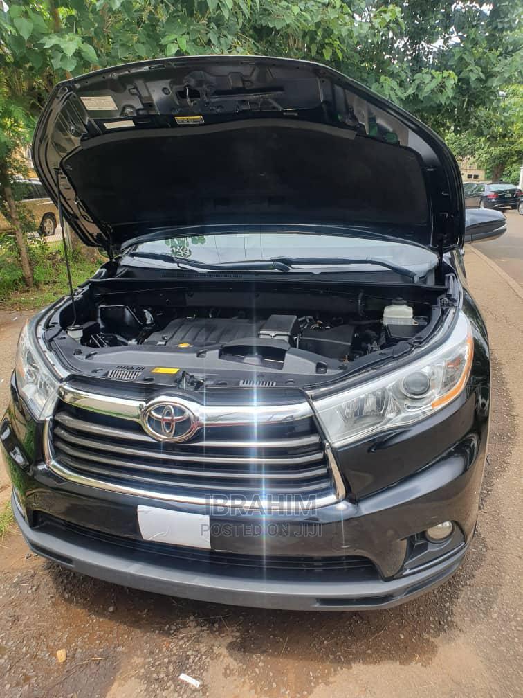 Archive: Toyota Highlander 2014 Black