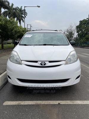 Toyota Sienna 2008 LE White | Cars for sale in Lagos State, Ogba