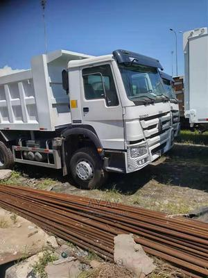 30 Tons Howo Tipper Available for Sale | Trucks & Trailers for sale in Lagos State, Ikeja