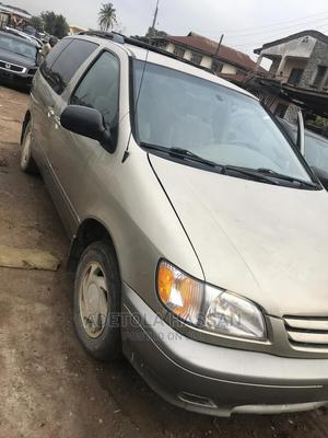Toyota Sienna 2003 XLE Gold   Cars for sale in Oyo State, Ibadan