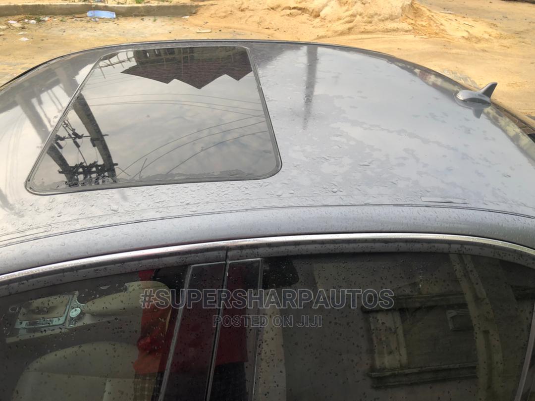 Mercedes-Benz C300 2009 Gray | Cars for sale in Amuwo-Odofin, Lagos State, Nigeria