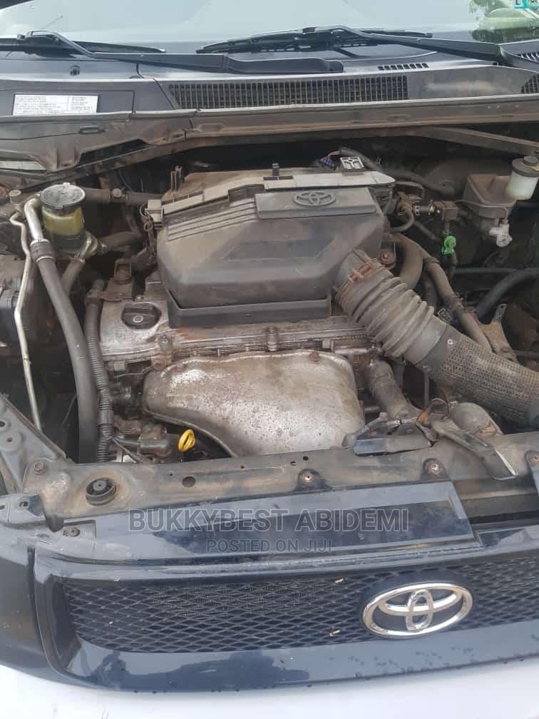 Archive: Toyota RAV4 2003 Automatic Gray