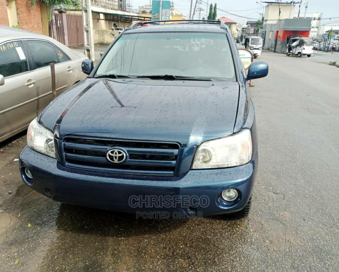 Archive: Toyota Highlander 2004 Blue