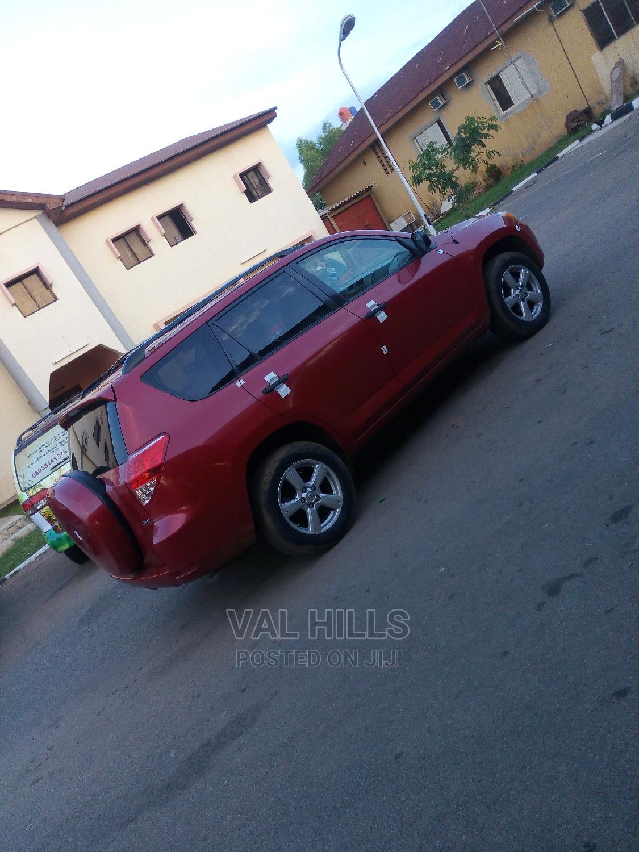 Archive: Toyota RAV4 2007 2.0 4x4 Red