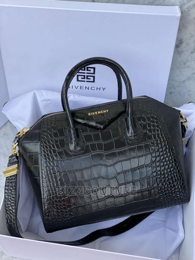 High Quality GIVENCHY Handbags Available for Sale