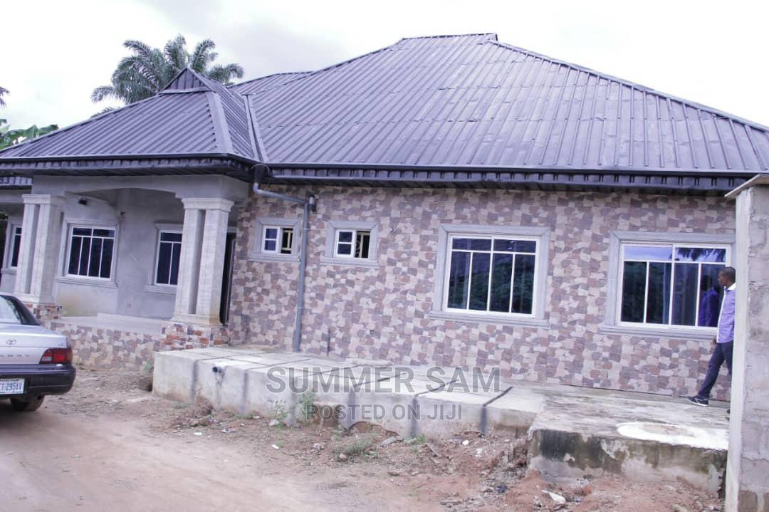 Archive: 3bdrm Block of Flats in Uyo for Sale