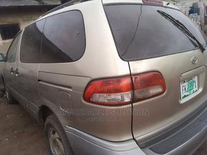 Toyota Sienna 2001 Gold   Cars for sale in Lagos State, Abule Egba