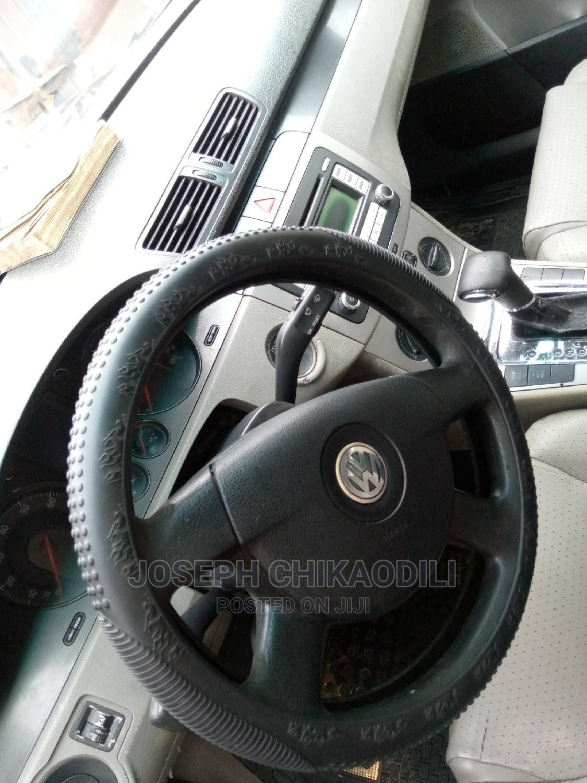 Archive: Volkswagen Passat 2008 2.0 Black