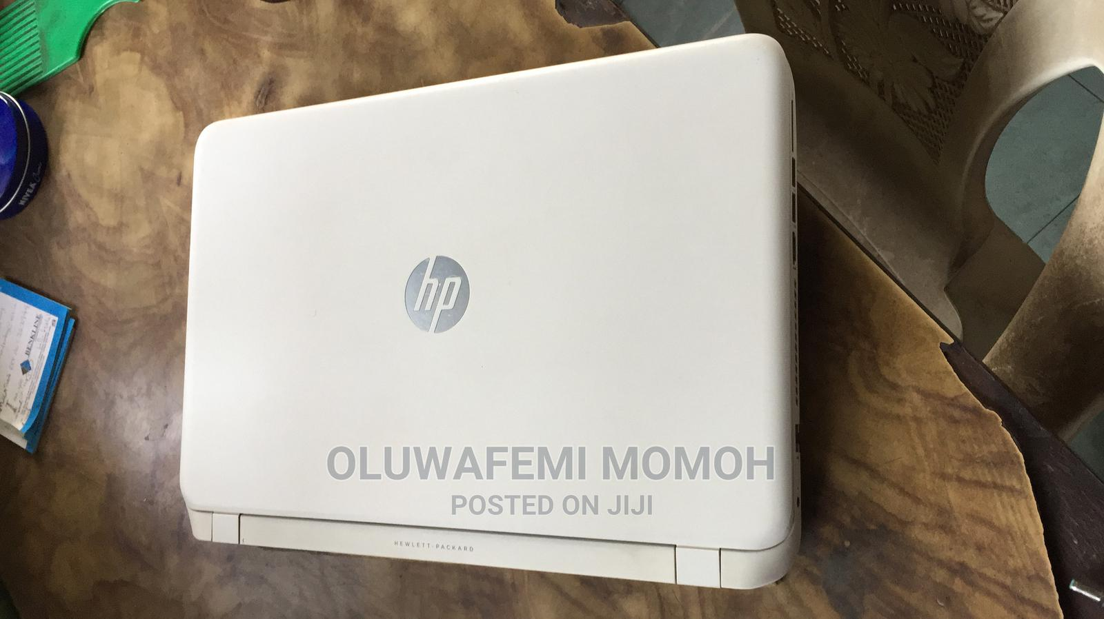 Archive: Laptop HP Pavilion 15 4GB Intel Core I3 HDD 1T