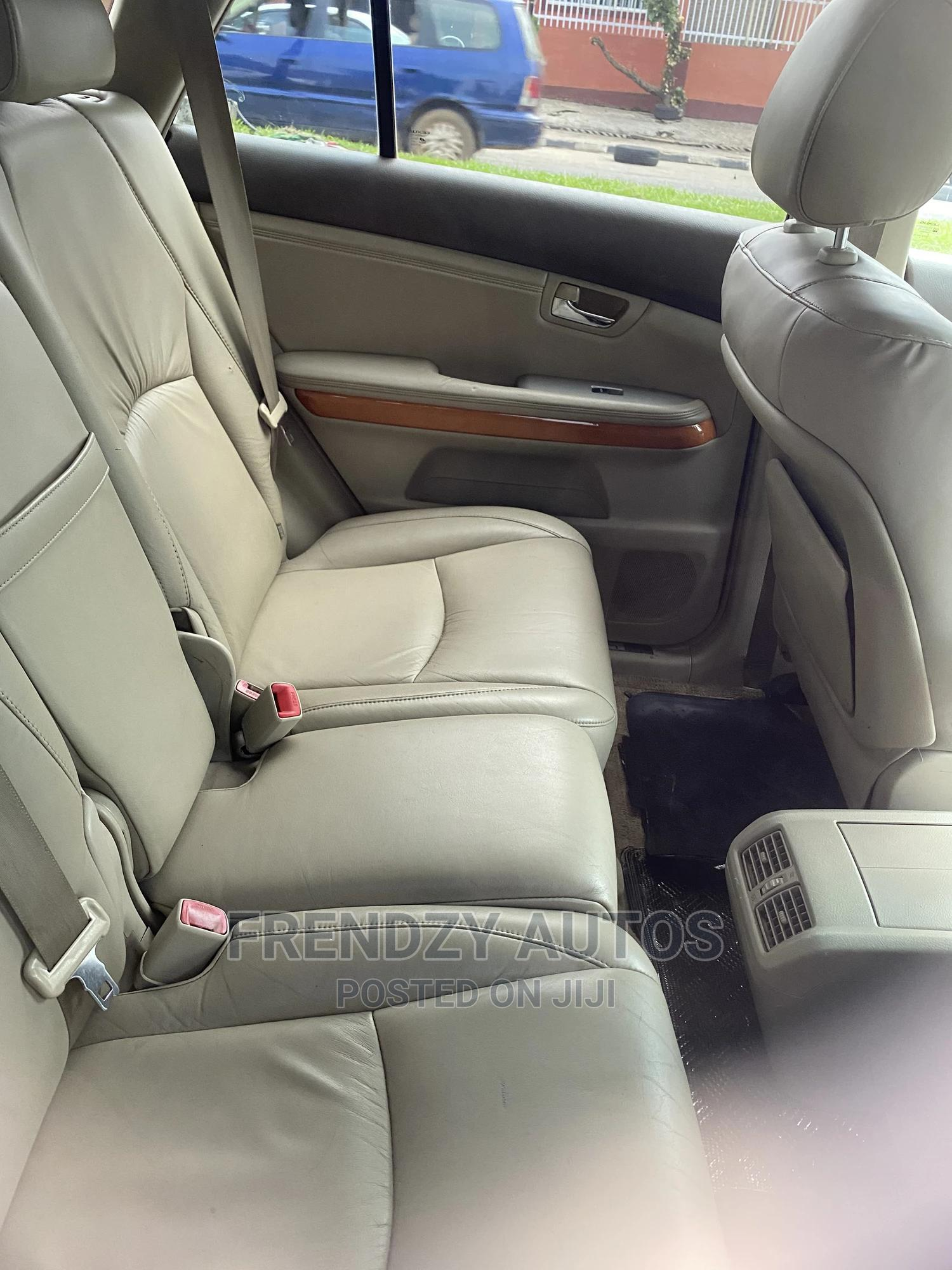 Archive: Lexus RX 2004 Gold
