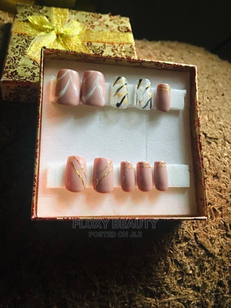 Handmade Acrylic Short Nail