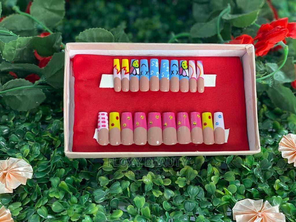 Handmade 20 Pcs Acrylic XL Nails