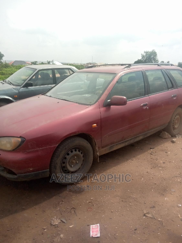 Archive: Nissan Primera 2001 Wagon Red
