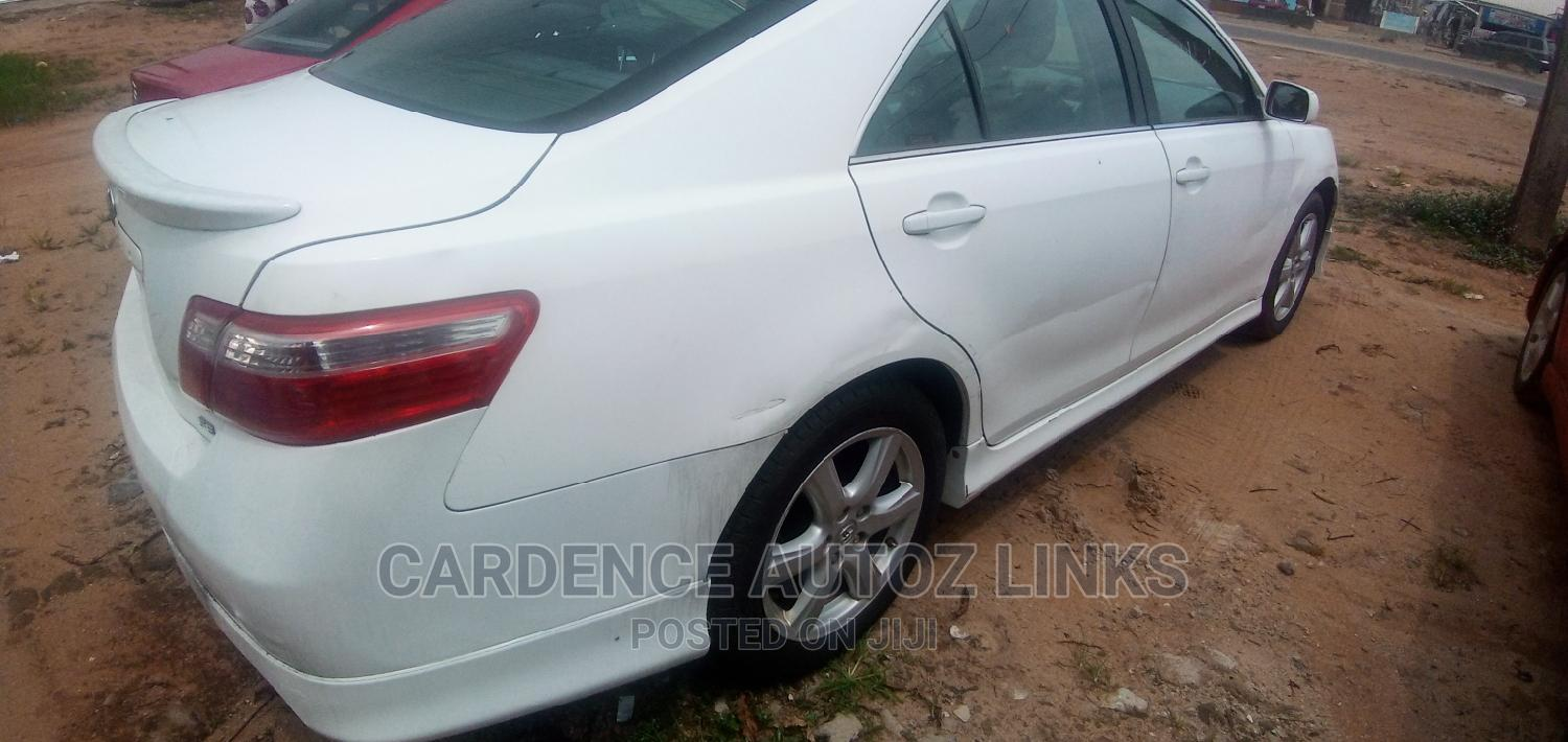 Archive: Toyota Camry 2008 2.4 LE White
