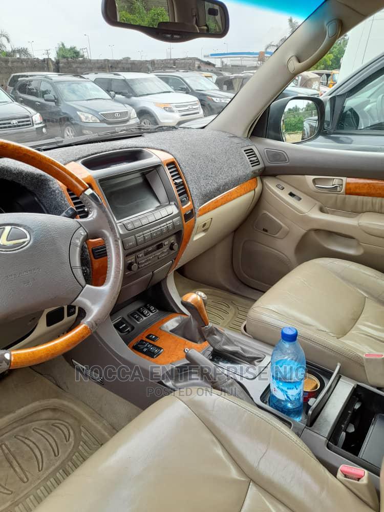 Archive: Lexus GX 2005 470 Sport Utility Black