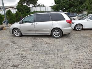 Toyota Sienna 2005 XLE Beige   Cars for sale in Lagos State, Ikeja
