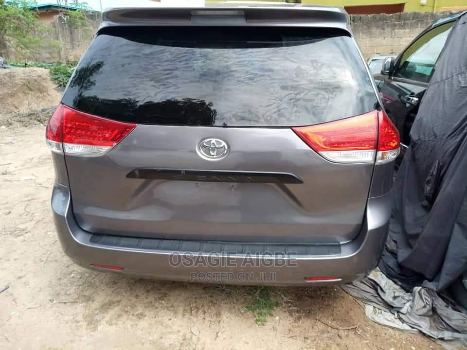Toyota Sienna 2014 Gray | Cars for sale in Lugbe District, Abuja (FCT) State, Nigeria