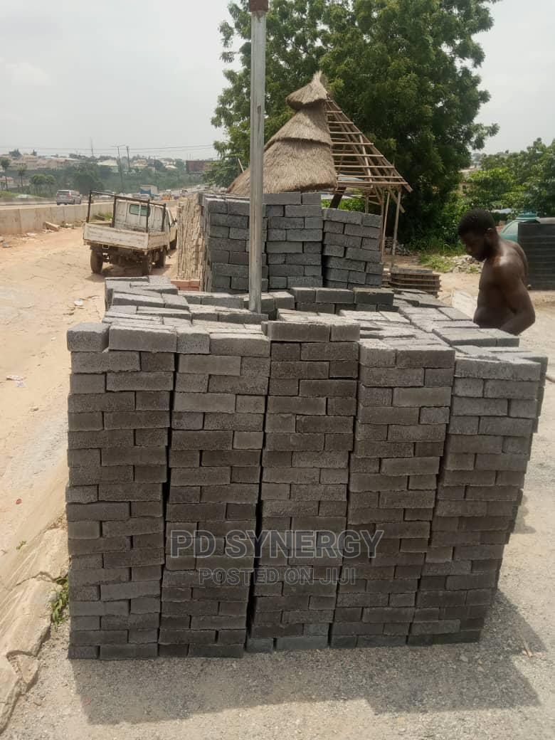 Machine Vibrated Strong Interlocking Stones for Sale | Building Materials for sale in Obafemi-Owode, Ogun State, Nigeria