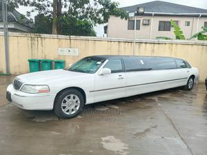 Lincoln Town Car 2010 White   Cars for sale in Lagos State, Amuwo-Odofin