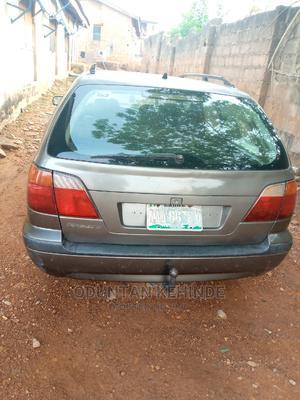 Nissan Primera 2005 2.0 Visia Plus Traveller Gray | Cars for sale in Oyo State, Ibadan