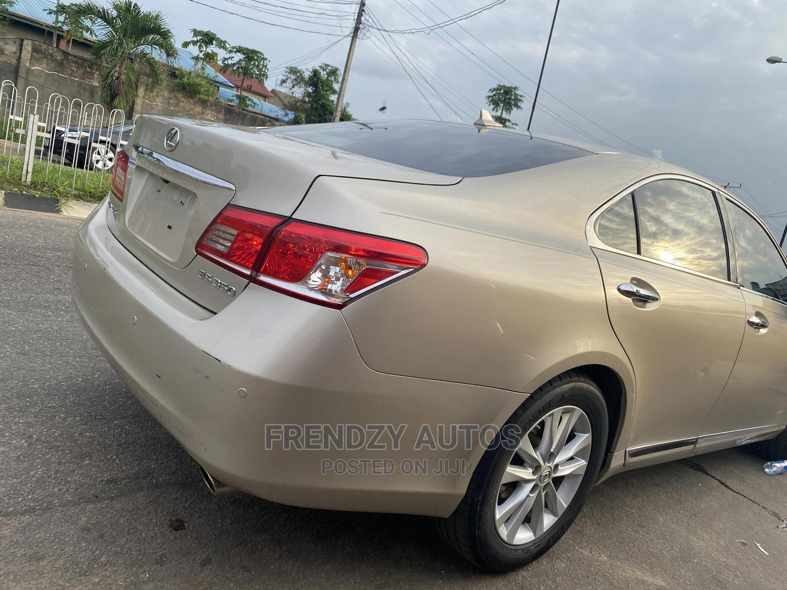 Archive: Lexus ES 2011 350 Gold