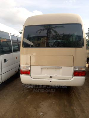 Super Accident Free Tokunbo Foreign Used Toyota Coaster Bus | Buses & Microbuses for sale in Lagos State, Ifako-Ijaiye
