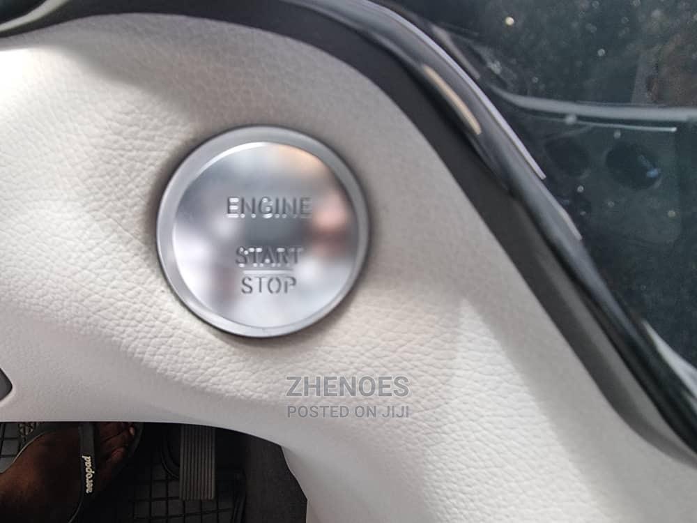 Archive: Mercedes-Benz M Class 2014 Blue