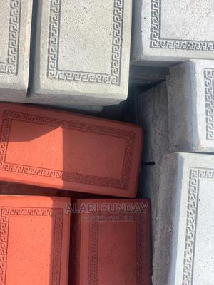 """Quality """"I"""" Shape Paving Stone 