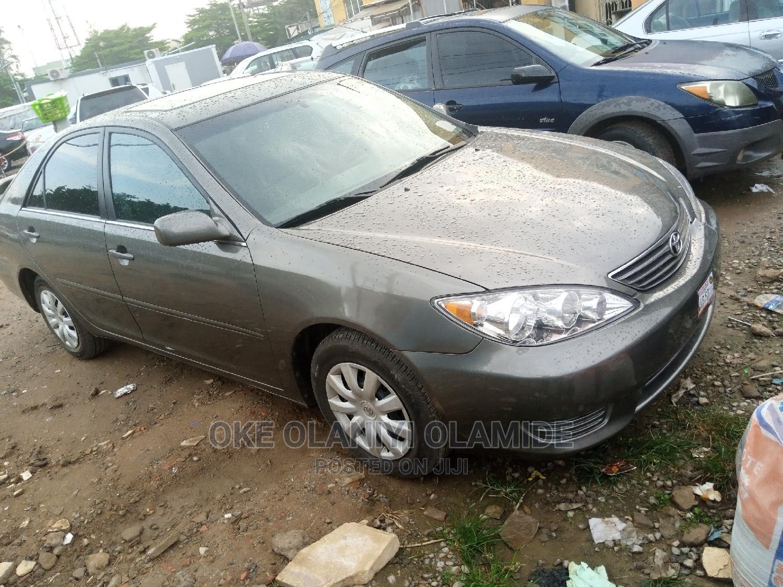 Toyota Camry 2006 Gray   Cars for sale in Garki 2, Abuja (FCT) State, Nigeria