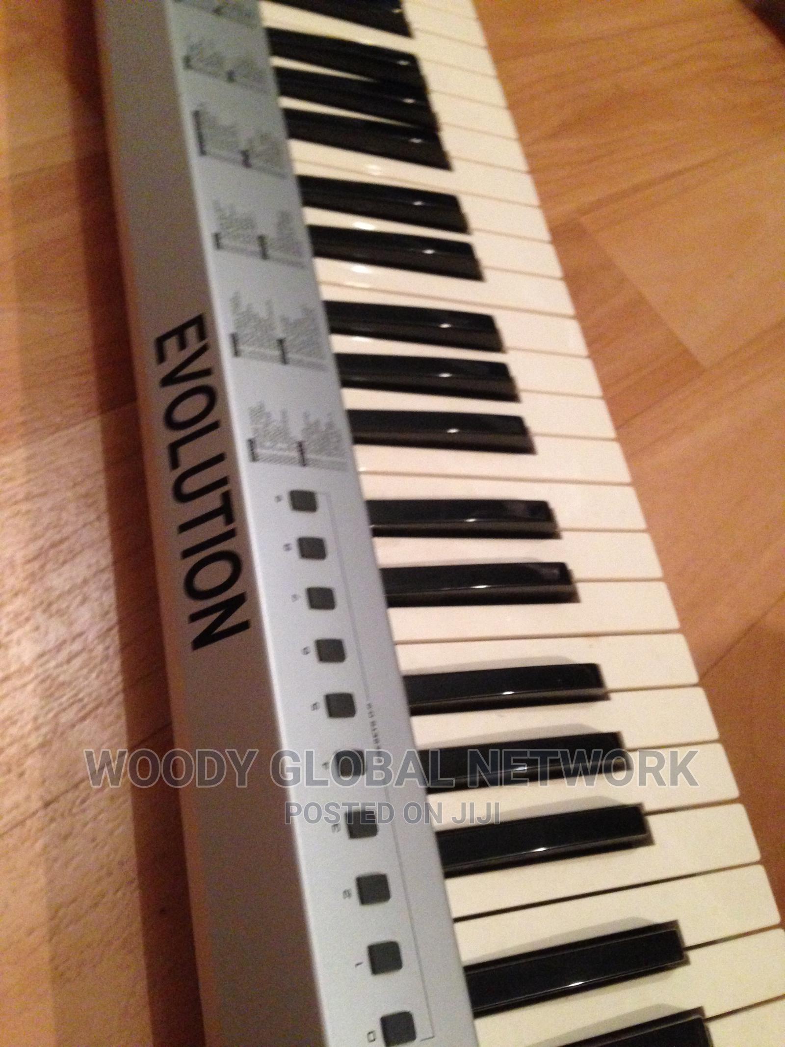 Archive: Midi USB Keyboard Controller, Evolution Mk36 1C
