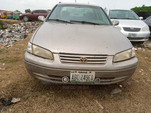 Toyota Camry 1999 Automatic Gold | Cars for sale in Abuja (FCT) State, Apo District