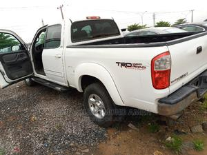 Toyota Tundra 2005 4x4 SR5 Access Cab White | Cars for sale in Abuja (FCT) State, Lokogoma