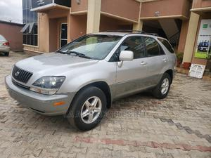 Lexus RX 2000 300 4WD Silver | Cars for sale in Edo State, Benin City