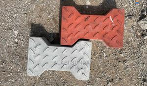 """Quality Double """"T"""" Shape Paving Stone 