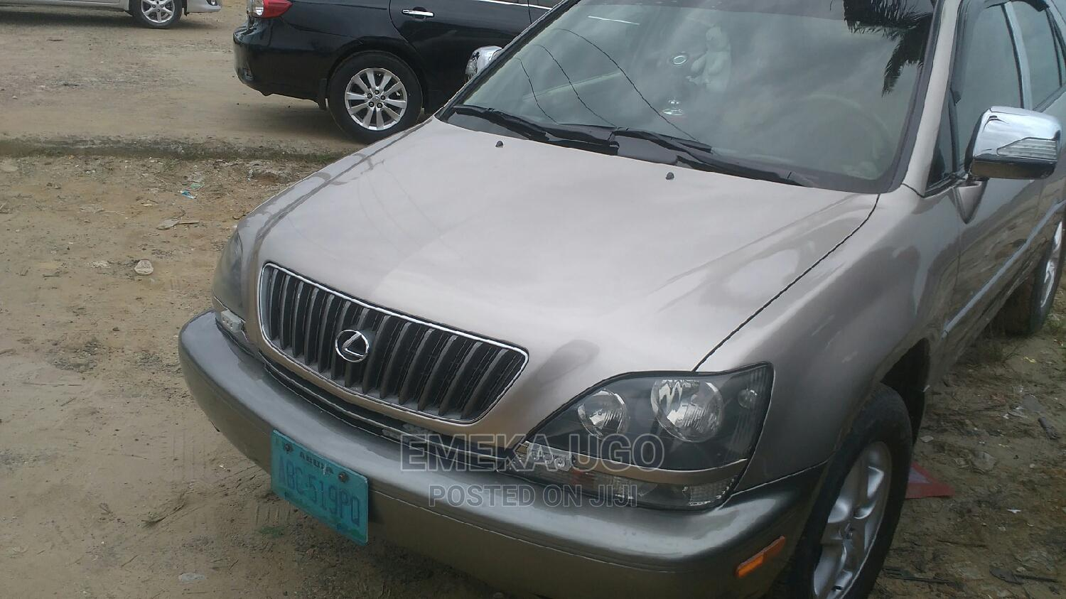 Lexus RX 2000 Gold   Cars for sale in Port-Harcourt, Rivers State, Nigeria